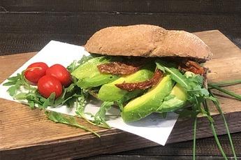 Broodje vegan Mediteraneo